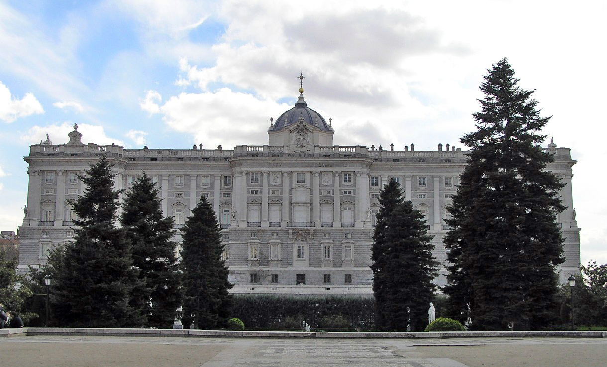 Palacio real madrid portal fuenterrebollo for Jardines palacio real madrid